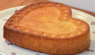 Alors, ça pèse combien un pot de yaourt ? Le gâteau au yaourt enfin en grammes !