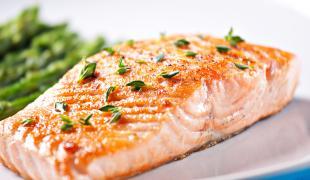 Comment réussir la cuisson du saumon au four ?