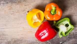 Pourquoi le poivron vert est-il moins cher que les autres ?