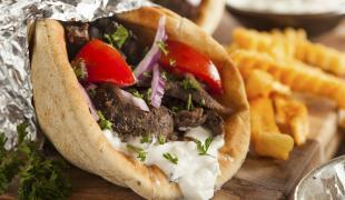 8 aliments qu'on évite d'emmener en voiture ou dans le train