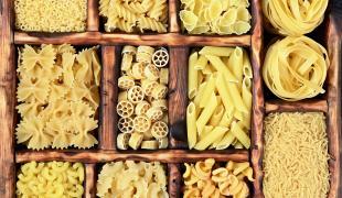 Pourquoi certaines pâtes sont cuites en 3 minutes et d'autres en plus de 10 minutes ?