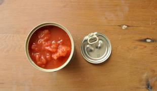 10 trucs à faire avec une simple boite de tomates pelées
