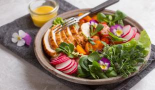 3 bonnes raisons de cuisiner les fleurs comestibles