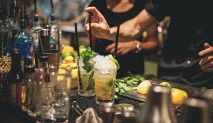 Le TOP 10 des cocktails préférés des français en 2016. Lequel buvez-vous ?