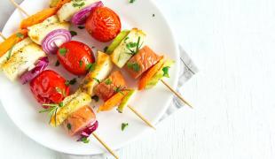 5 brochettes de légumes parfaites pour l'apéro