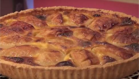 recette tarte alsacienne aux pommes en vid o. Black Bedroom Furniture Sets. Home Design Ideas