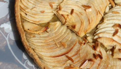 tarte a la rhubarbe et compote de pommes pas amere