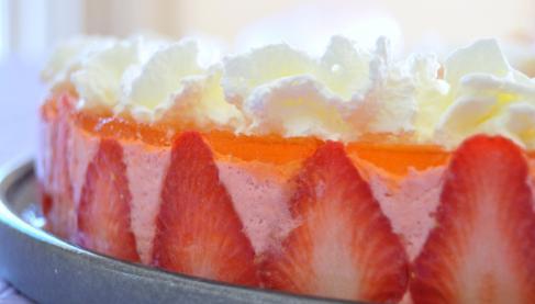 Recette bavarois simplissime aux fraises et miroir for Miroir aux framboises