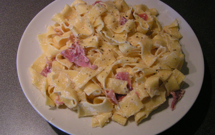 recette nouilles plates au jambon cru 750g
