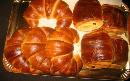 recette croissants et pains au chocolat 750g. Black Bedroom Furniture Sets. Home Design Ideas