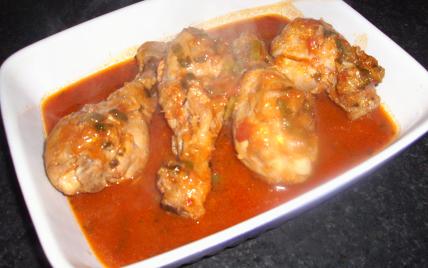 Recette cuisse de poulet en sauce tomate - Cuisse de poulet en sauce ...