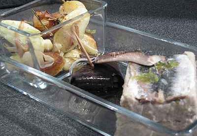 recettes d 39 aubergines la sardine les recettes les mieux not es. Black Bedroom Furniture Sets. Home Design Ideas