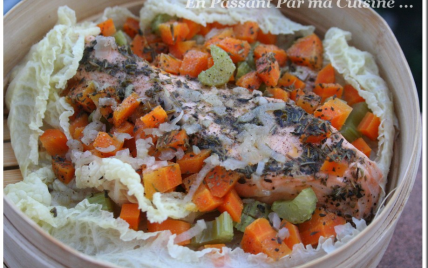 Recette saumon vapeur aux petits l gumes sur lit de chou - Cuisiner saumon surgele ...
