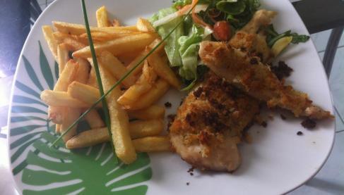 recette filet de poulet pan frites et salade not e 4 1 5. Black Bedroom Furniture Sets. Home Design Ideas