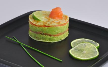 recette millefeuille au saumon fum et guacamole 750g. Black Bedroom Furniture Sets. Home Design Ideas