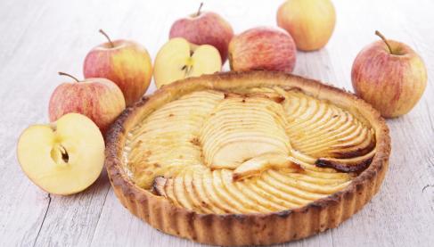 recettes de tarte amandine aux pommes les recettes les mieux not es. Black Bedroom Furniture Sets. Home Design Ideas