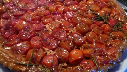 recette tarte tatin de tomates cerises not e 4 5. Black Bedroom Furniture Sets. Home Design Ideas