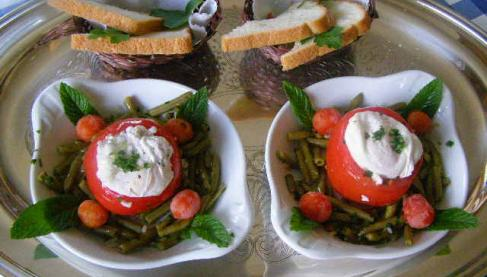 recette en cas oeufs poch s jambon tomates et haricots verts 750g. Black Bedroom Furniture Sets. Home Design Ideas