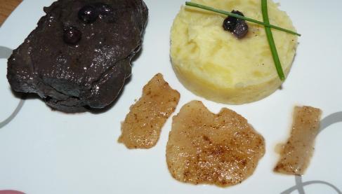 recette pav de sanglier et son jus de viande au vin rouge et myrtilles cras de pommes de. Black Bedroom Furniture Sets. Home Design Ideas