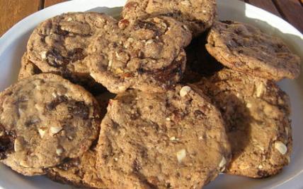 Recette Gros Cookies Au Chocolat Aux Amandes Et Noisettes 750g