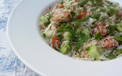 Salade de riz pour buffet froid