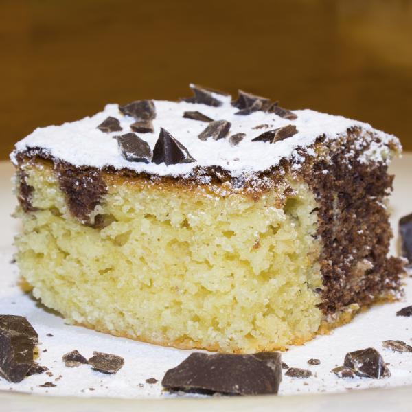 complete bien le gâteau