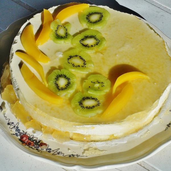 Gateau mousse de fruit exotique