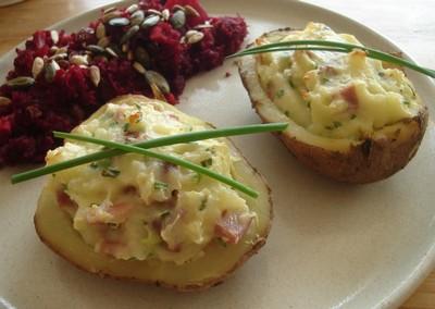 plat-cuisine-jambon-pommes-de-terre-et-legumes