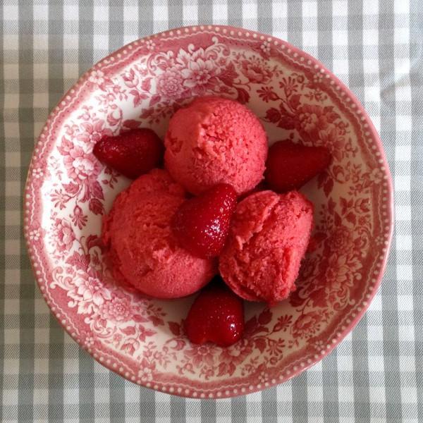 Glace à la fraise (mixeur)