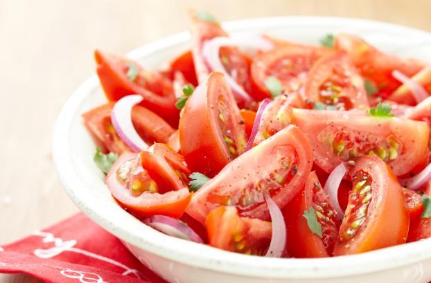 Recette salade de tomates 750g - Salade de tomates simple ...