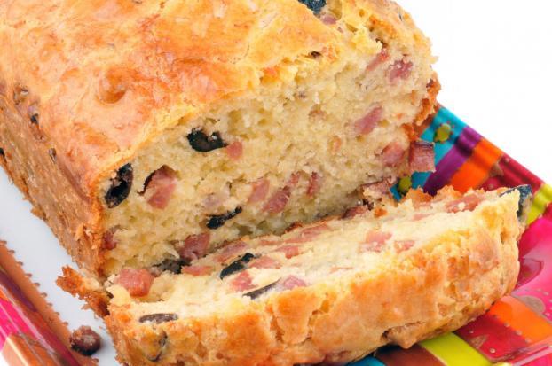 Cake Aux Lardons Et Olives Au Brie Coeur De Lion