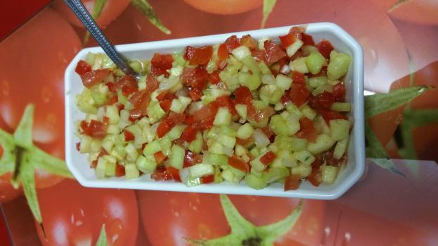recette salade tunisienne facile not e 4 5 5. Black Bedroom Furniture Sets. Home Design Ideas