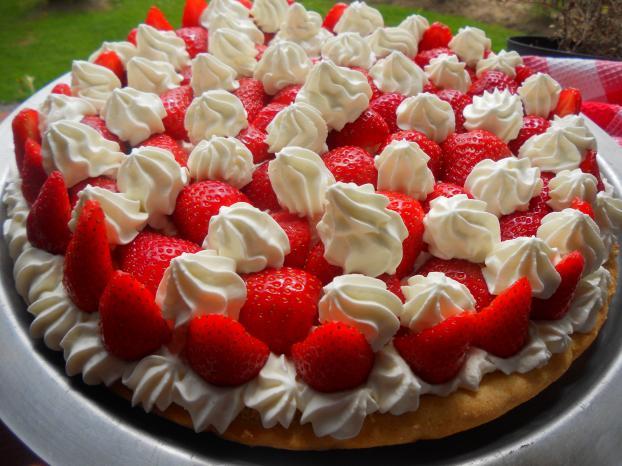 recette tarte aux fraises et chantilly au mascarpone 750g. Black Bedroom Furniture Sets. Home Design Ideas