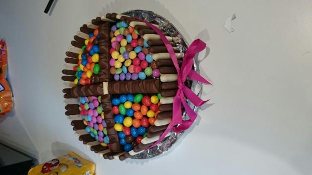 Gateau moelleux au chocolat avec bonbons