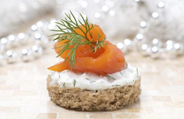 Id es d 39 accompagnements et de pr sentation du saumon fum for Hors d oeuvre avec saumon fume