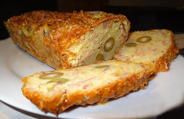 Recette cake aux olives vertes et jambon cuit 750g - Cake aux olives jambon ...