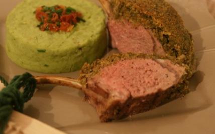 L Agneau Du Connemara Recette - Carré d'agneau aux noix & aux herbes avec une purée de ...