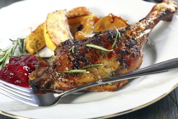 Recette cuisses de canard r ties au miel et romarin sauce aux airelles 750g - Cuisse de canard en sauce ...