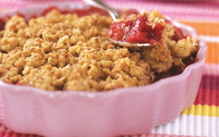 recette crumble fraises rhubarbe 750g. Black Bedroom Furniture Sets. Home Design Ideas