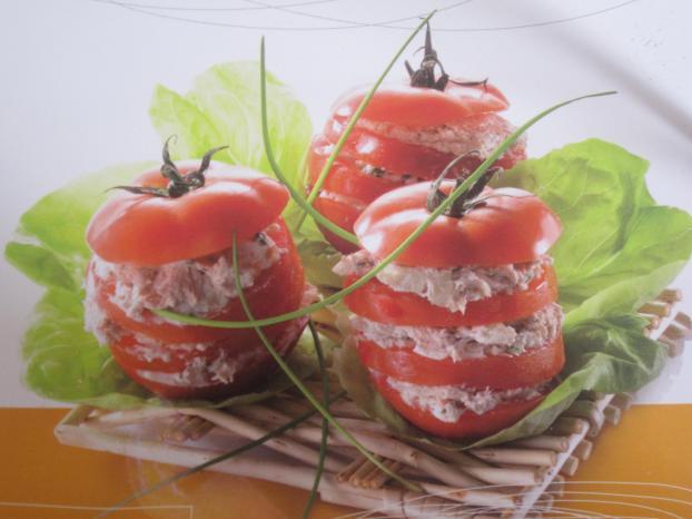recette mille feuille de tomate au thon 750g. Black Bedroom Furniture Sets. Home Design Ideas