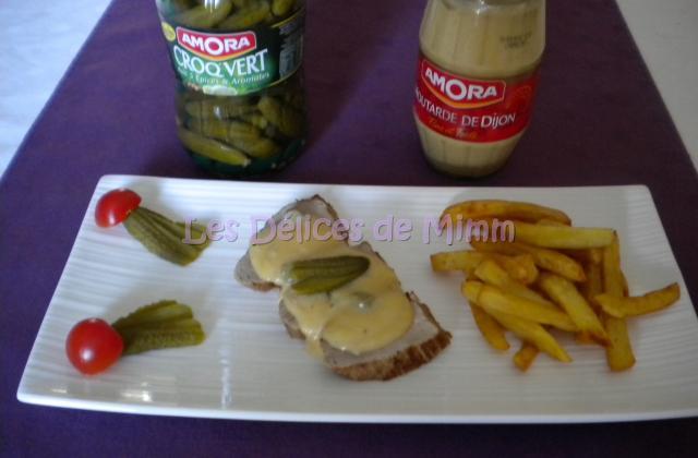 Filet mignon, sauce moutarde et cornichons - Photo par mimm10