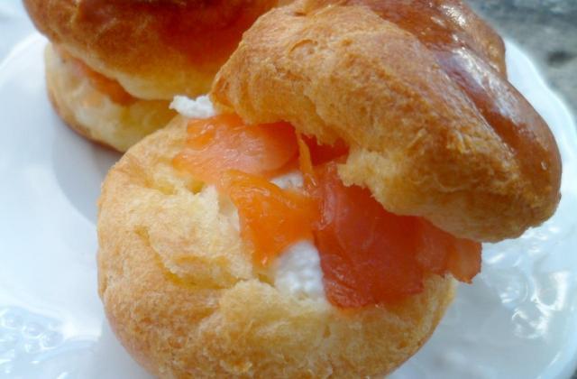 Petits choux Cottage Cheese et Saumon fumé d'Islande - Photo par Fourchette et Mascara