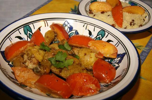 Tajine de poulet aux Kaki Persimon pour le Programme Alimentation et Insertion - Photo par jackieyZ