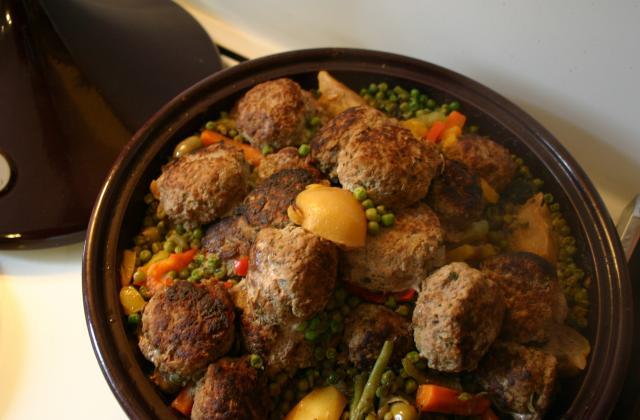 Tajine de légumes et boulettes Keftas - Photo par delphirl