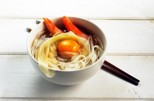 Coraya Suprêmes et asperges en soupe asiatique - Photo par Coraya