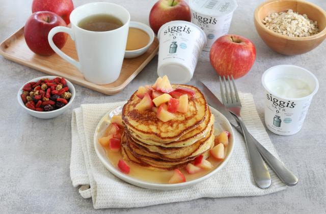 Pancakes au skyr et pommes caramélisées - Photo par Silvia Santucci