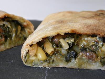 Calzone aux blettes, Roquefort et poires - Photo par Vadrouilles gourmandes de Nini