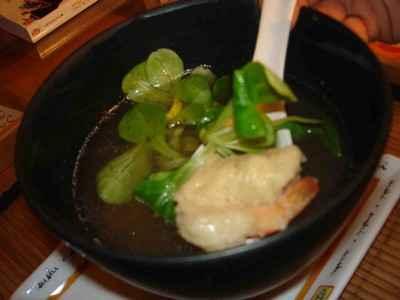 Soupe aux beignets de crevettes - Photo par presto
