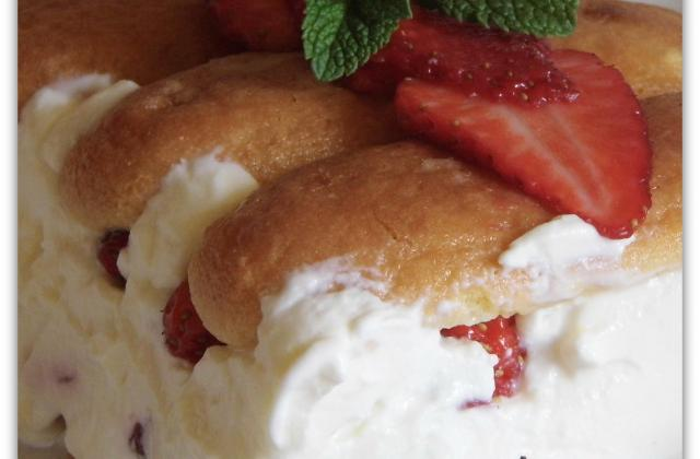 Charlotte aux fraises et mascarpone - Photo par ghislayQ