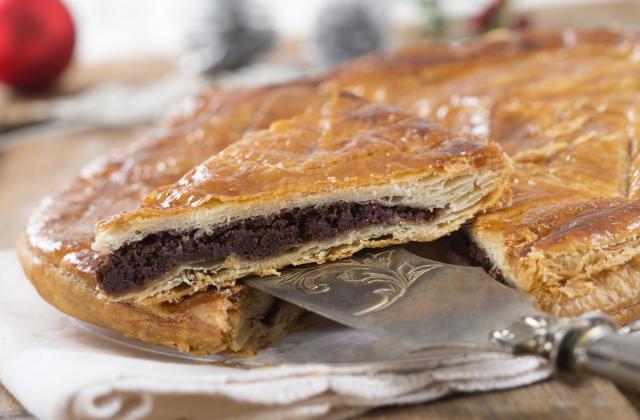 Galette des rois sans frangipane au chocolat - Photo par bouboui